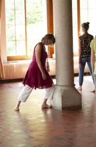 dance-pilone